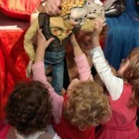 Ένας κόσμος φτιαγμένος από ... κούκλες