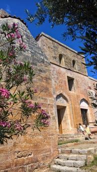Η θέση του μιναρέ στο τζαμί στο Νιόκαστρο, σημερινός ναός του Σωτήρος