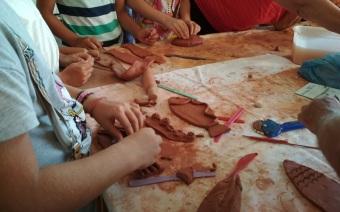 """Δημιουργική απασχόληση για παιδιά από την ομάδα """"Μορφογέννεσις"""""""