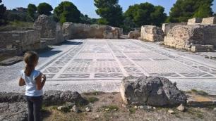 Ρωμαϊκό μωσαϊκό στον αρχαιολογικό χώρο Ισθμίας